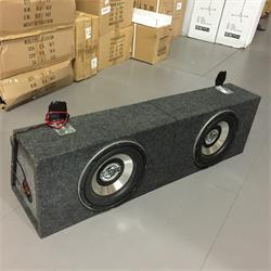 "MB Quartz - Baslåda 2x10"" 700 Watt, Begagnad"